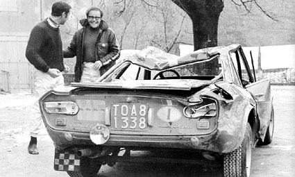 Rallye Monte Carlo 1969 - Tony Fall/Davenport + Fulvia etwas durchgebeutelt