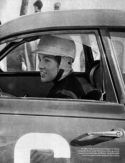 Frisch vermählte Mrs. Carlsson (Pat Moss) im Saab - Monte Carlo 1964 - 5. Platz