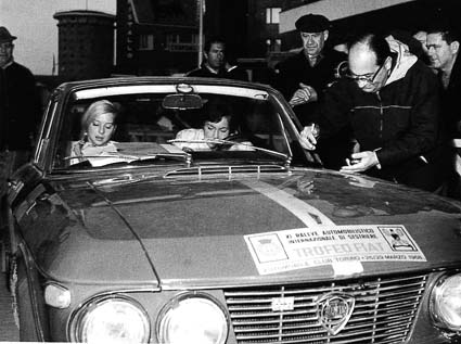 Rallye Sestriere 1968 - Gesamtsieger Pat Moss und E. Nyström