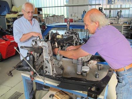 Lancia 2000 Coupé: Fahrschemelausbau