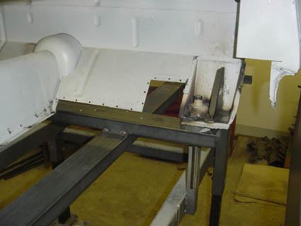 """Lancia Flaminia Restaurierung: """"Imaginäre Bodenplatte"""""""