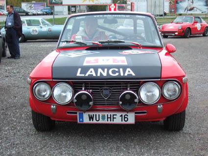 Die Rallyetafel Nr. 17 ist das Original aus 1971 - Neverla/Audetto