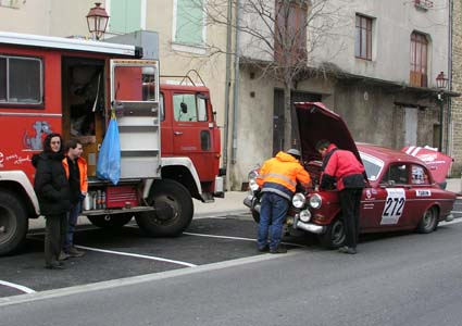 Rallye Monte Carlo Historique: Da konnte auch das beste Service nicht mehr helfen ...