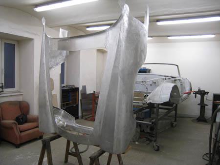 Lancia Flaminia Restaurierung: Fehlt jetzt eigentlich noch ein(!) Teil?