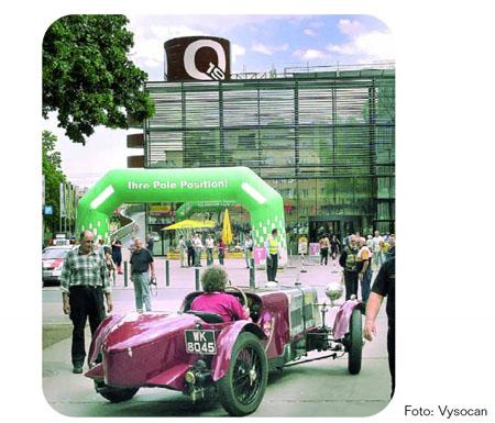 """Lancia-Nostalgie: Start und Ziel sowie sehr bemühter und professioneller Partner - das """"Q19"""""""