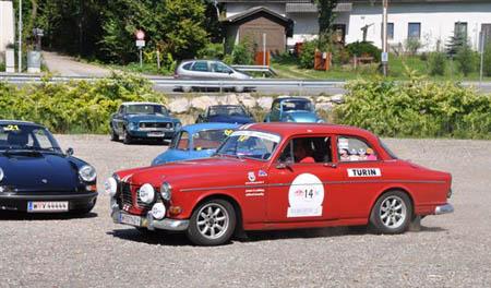Voralpen Classic 2011: Da sind noch die Kleber von der Monte Historic drauf - Startort Turin
