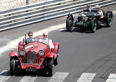 """Grand Prix Historique 2012: Einmal(?) den """"heiligen"""" Boden mit dem eigenen Oldi befahren"""