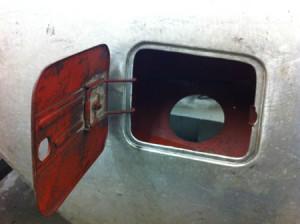 Flaminia Convertibile Restaurierung: Tankdeckel aus Stahl - bei allen Flaminia Modellen ident