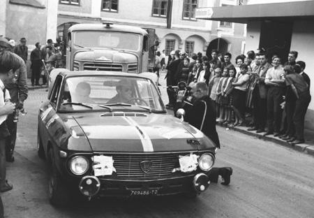 Fahrzeuge aus erster Hand: München-Wien-Budapest 1966: Cella/Lombardini in Weyer(OÖ)