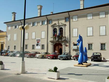 Jahresrückblick 2012: Die Stadt Cormons im Mai 2012 freute sich über den Besuch der Fulvia-Truppe