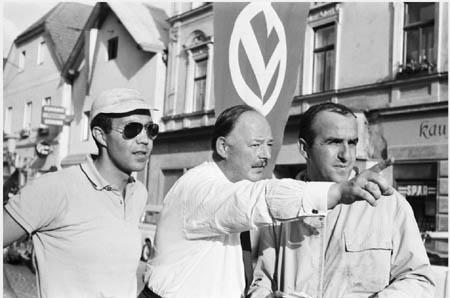 München-Wien-Budapest 1966: Leo Cella und Luciano Lombardini wird der Weg gewiesen