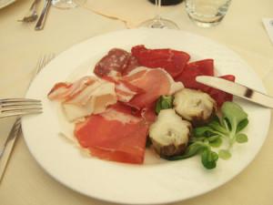 Lancia Club Suisse Frühlingstreffen: Das Gegenteil von Fast Food - italienische Gastlichkeit und Köstlichkeiten