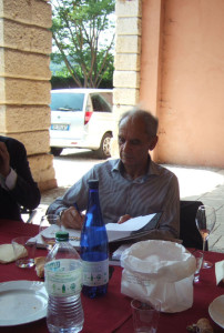16. Treffen der Fulvia-Freunde: Sandro Munari, geduldig, höflich beim Signieren seiner Bücher