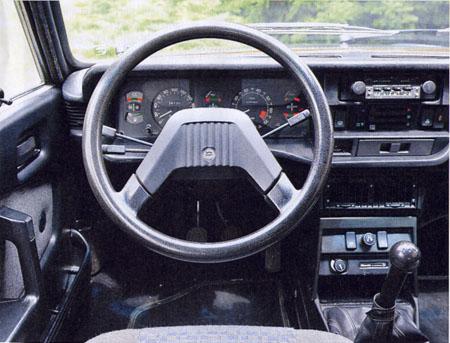 Automobilismo D'EPOCA Agosto/Settembre 2014: Innenansicht des Lancia Beta HPE