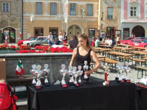 """20. Viva Italia: Die ganze Familie wird """"eingeteilt"""" - ein Teil der Pokale für die Erfolgreichen"""