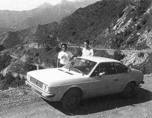 Shekar Mehta und Martin Holmes - entspanntes Training für die Rallye San Remo 1974