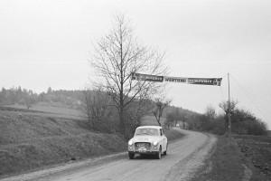 Seiberer Bergpreis 2016 - Rückblick 1963 Walter Radler bei der Zieldurchfahrt