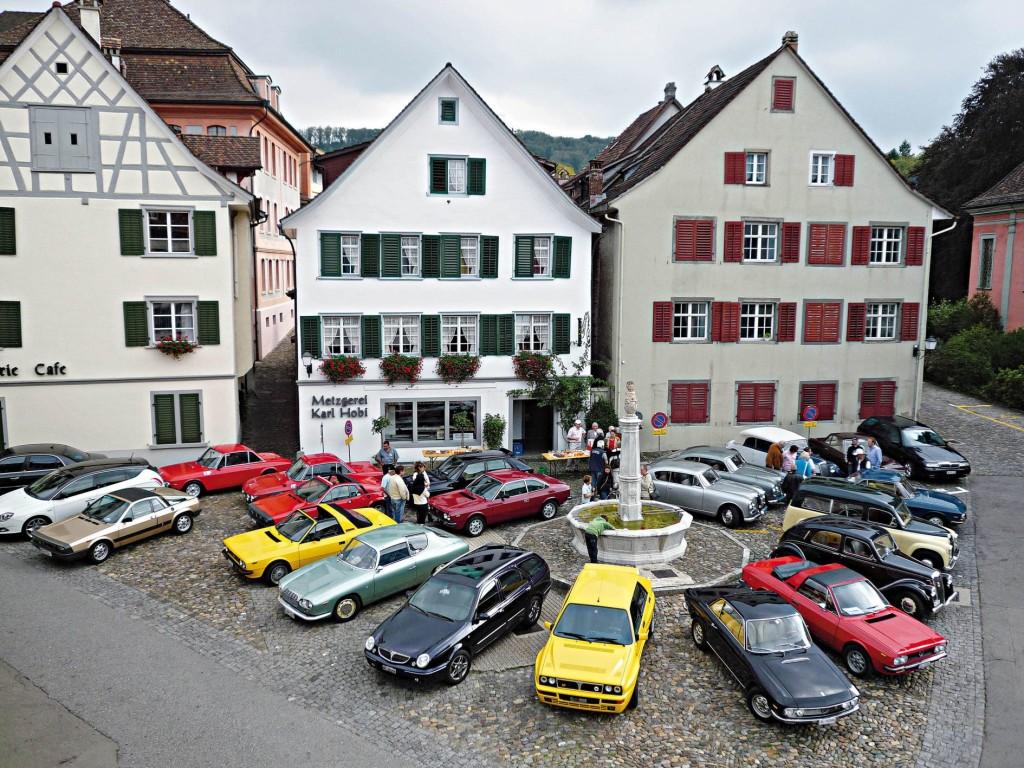 Der Lancia Club Suisse bringt seit 1973 Liebhaberinnen und Liebhaber der Marke Lancia zusammen.