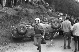 1968 RAC Rally - Elizabeth Nyström nach dem Überschlag copyright: Mcklein