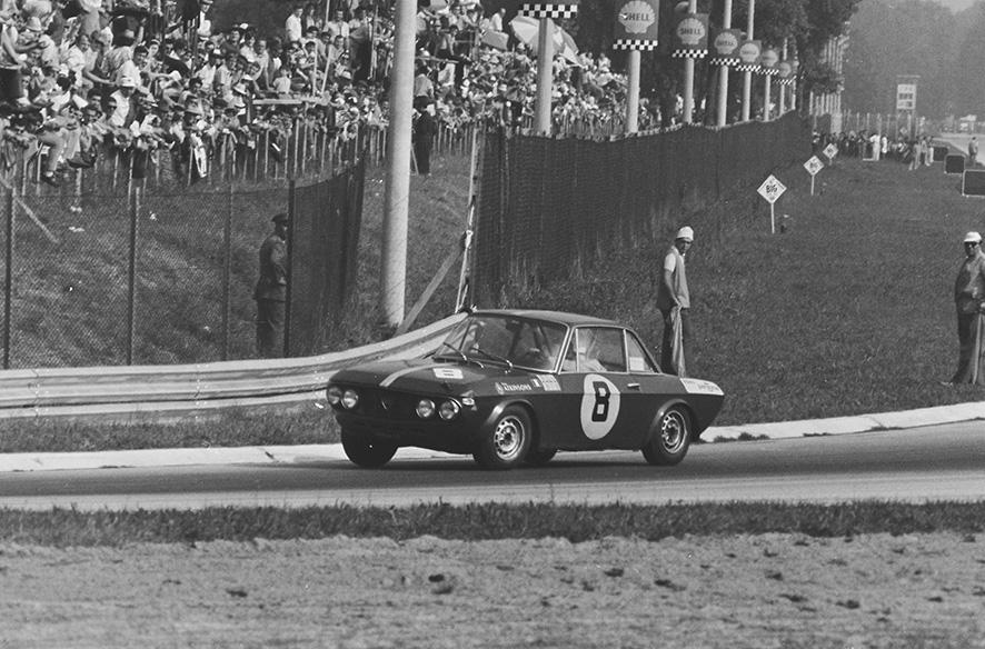 Coppa Intereuropa 1968 - Rosadele Facetti in der Parabolica in Monza (Actualfoto Bologna)
