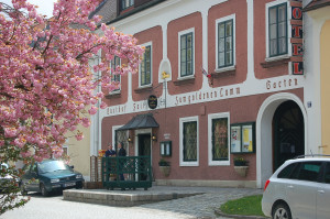 """Gasthof """"Zum goldenen Lamm"""" in Drosendorf - Ziel der Ausfahrt"""